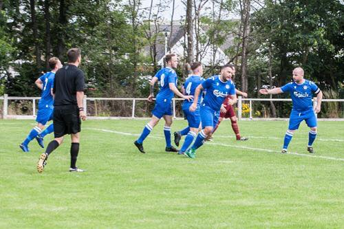 Town stumble against Sandbach on Day one