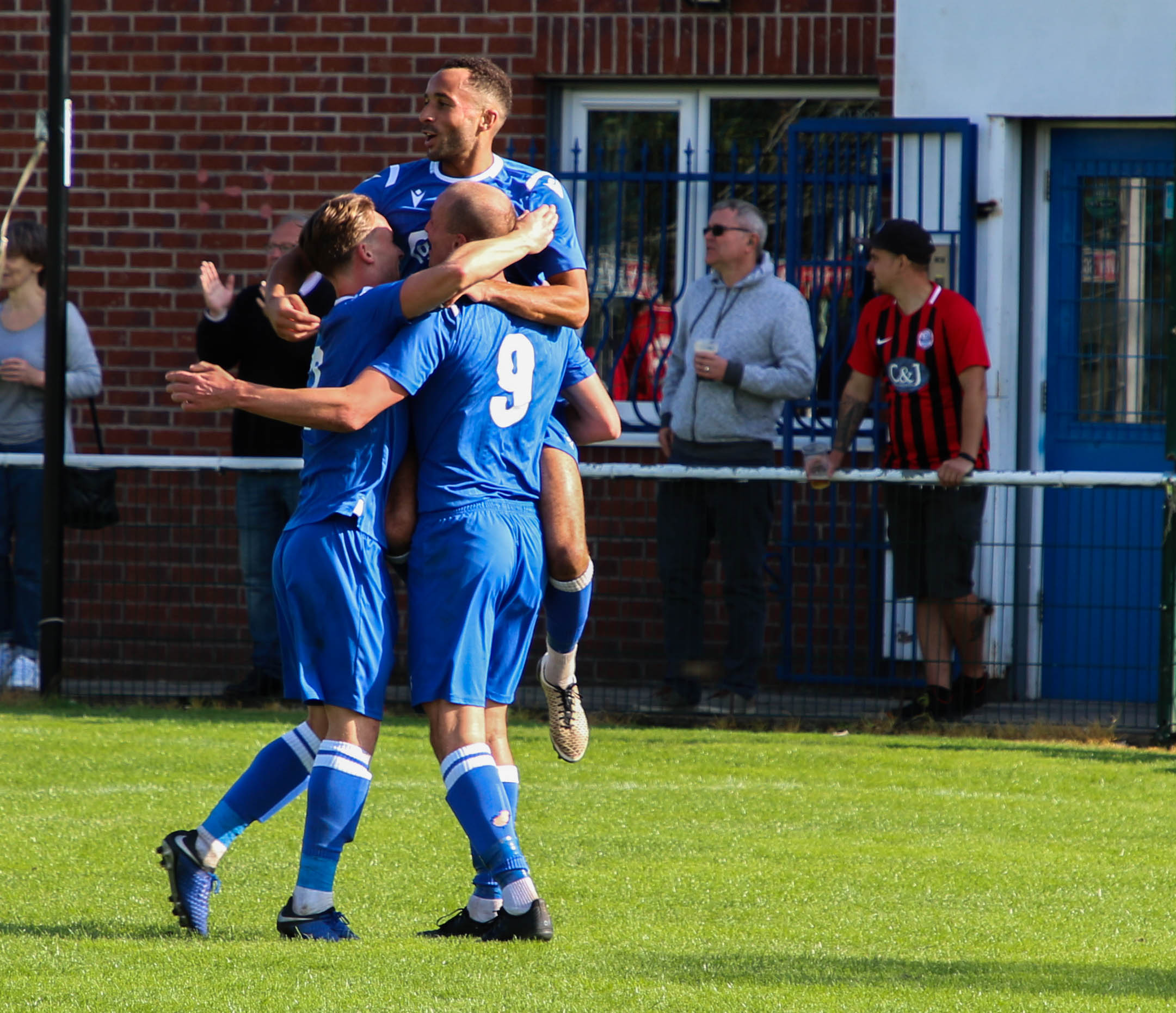 Worthy Wythy sweep Goole aside